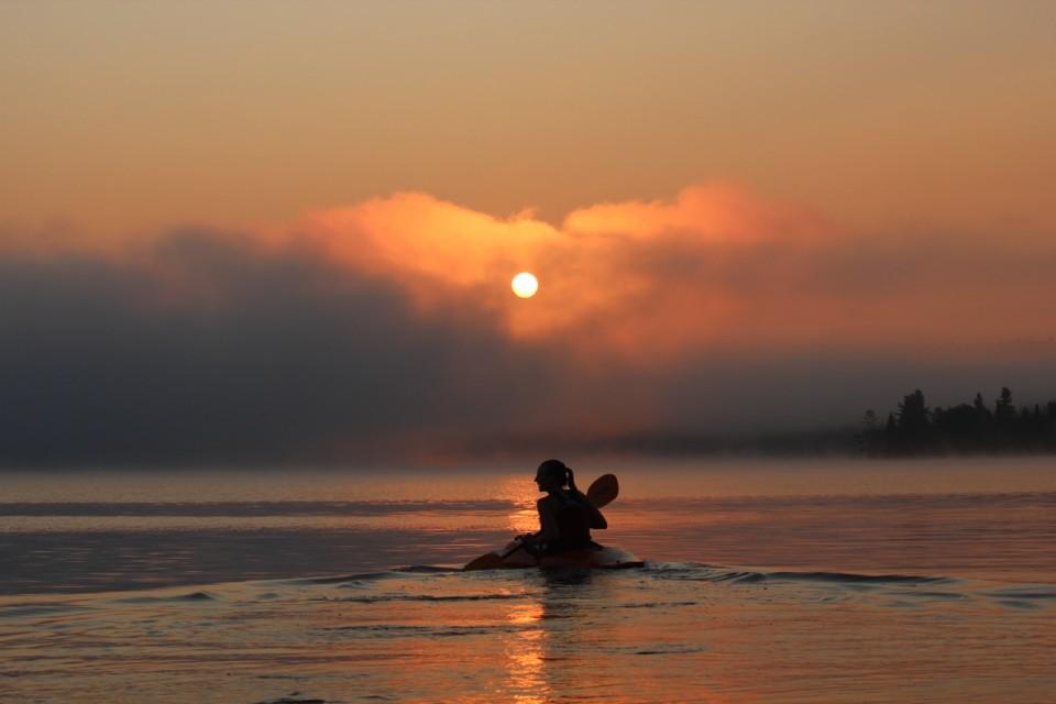 emily kayak sun 88