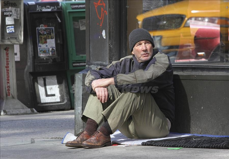 Richard Gere and Ben Vereen spotted shotting scenes as homeless men for their upcoming movie 'Time Out of Mind' in NYC